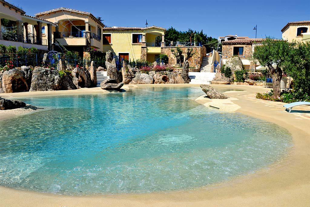 Pool im Urlaubsgebiet